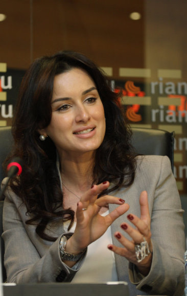 MOSCOW, RUSSIA. APRIL 26. 2011. TV host Tina Kandelaki appears at a press conference dedicated to a new charity project by FC Anzhi and the Podari Zhizn (Give Life) foundation. The team's players will donate money for children suffering from cancer. (Photo ITAR-TASS/ Marina Lystseva)