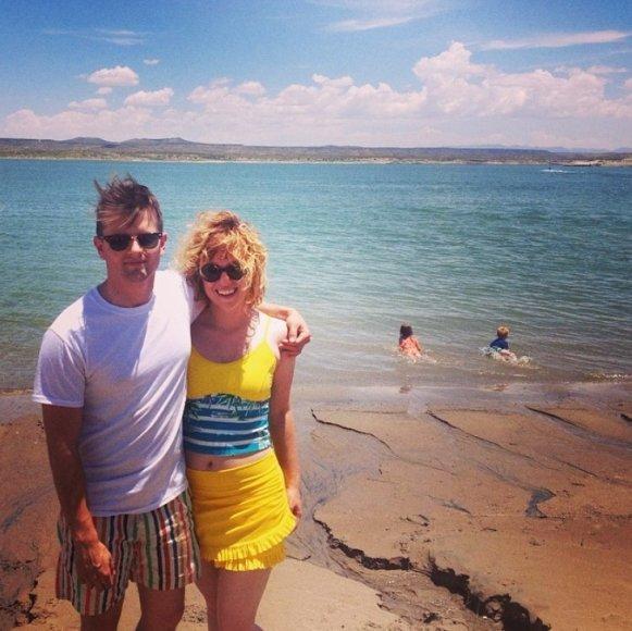 Megan Conley su vyru Riley