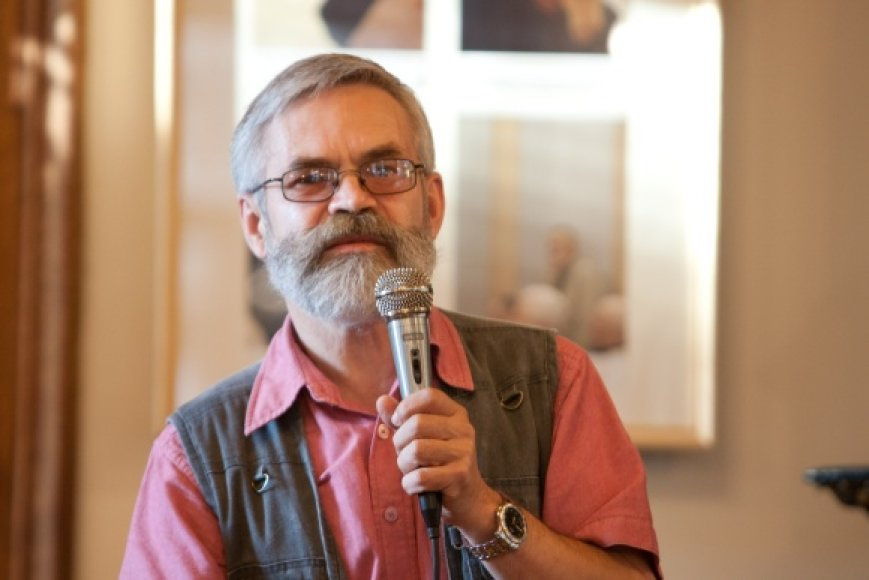 Poetas Vladas Braziūnas.
