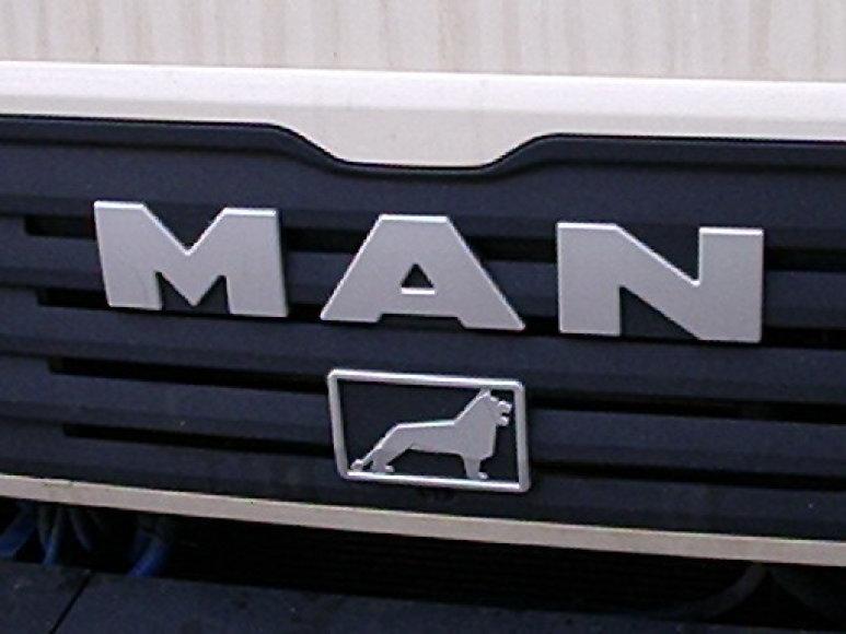 MAN logotipas