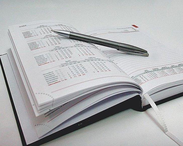 Daugelio įmonių darbuotojai 2009 metų kalendorius turės pirkti savo lėšomis.