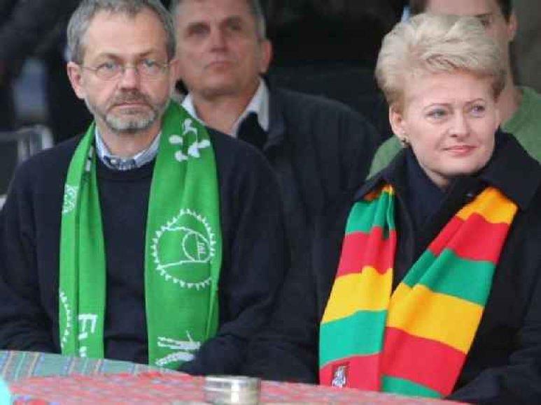Prezidentė Dalia Grybauskaitė ir jos atstovas spaudai Linas Balsys