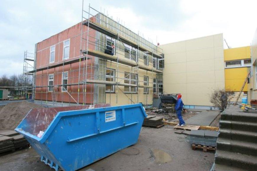 Pasak mero, nors miesto biudžetas bus skurdesnis, darželių ir mokyklų renovacija bus tęsiama.
