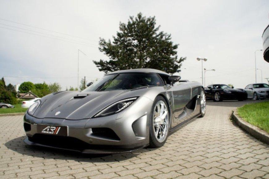 """Čekijoje parduodama """"Koenigsegg Agera"""""""