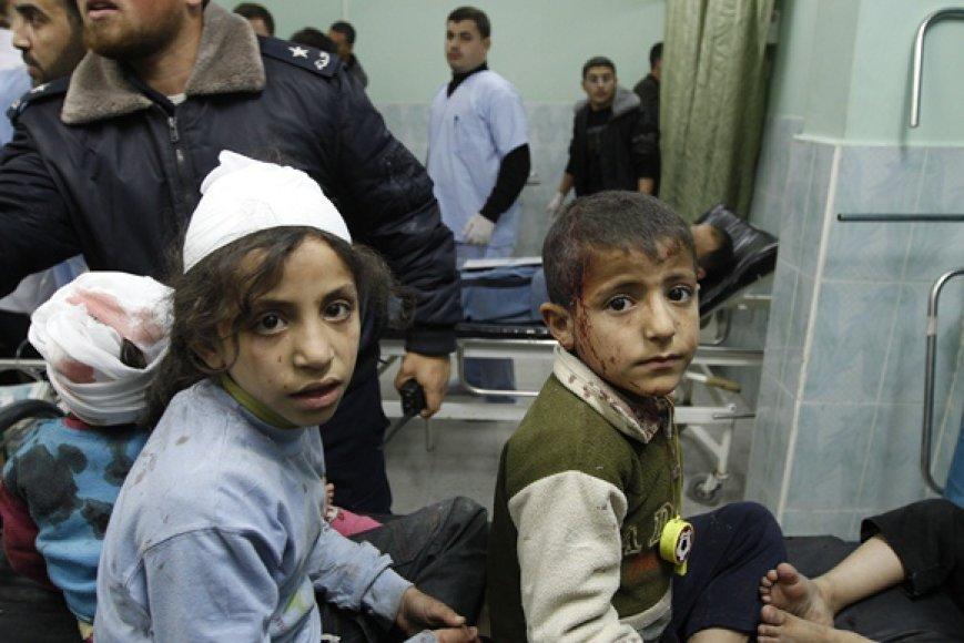 Sužeisti palestinos vaikai