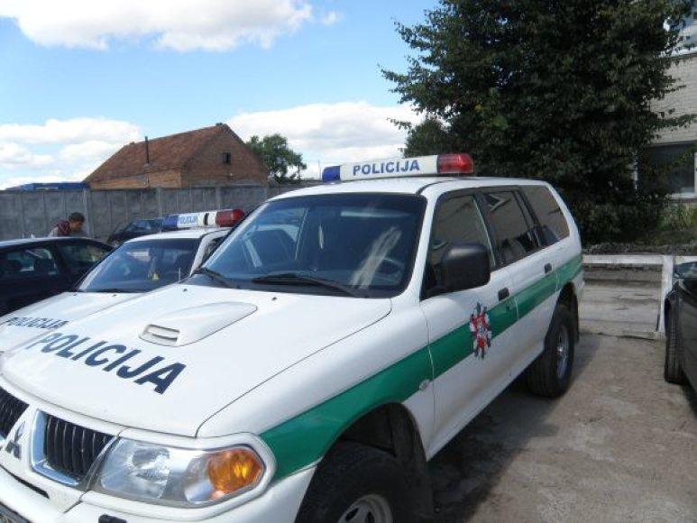 Kauno rajono policijos automobilių stiklai bus padengti specialia nano danga.