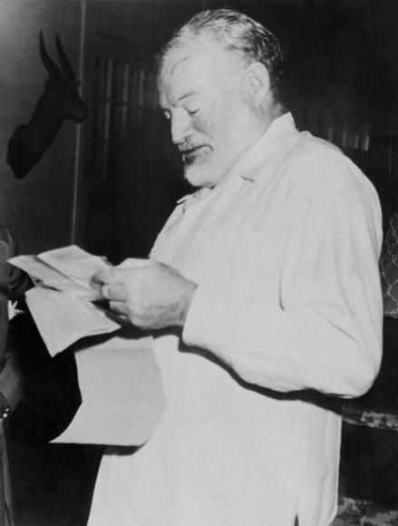 Ernestas Hemingway'us 1954 metais