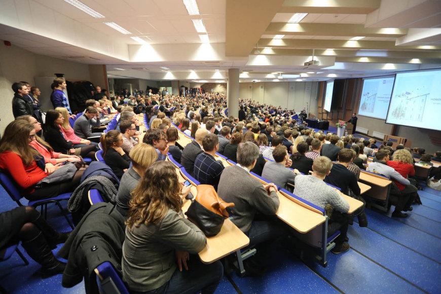 Nobelio premijos laureatas Robertas Shilleris Vilniuje skaitė paskaitą