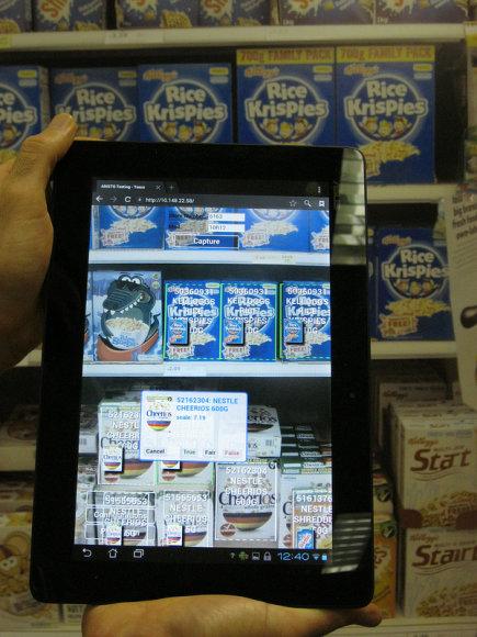 Aplikacija identifikuoja produktus, palygina su planograma ir pateikia rekomendacijas