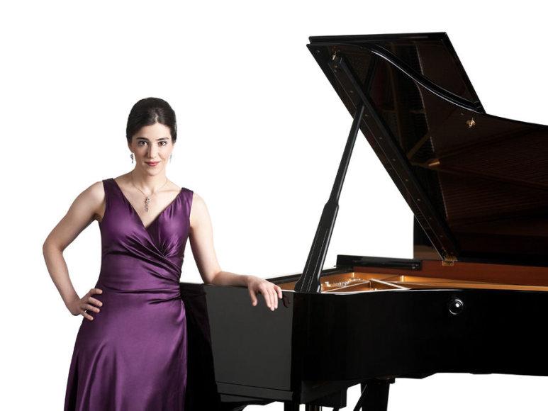 Austrų pianistė Agnes Wolf