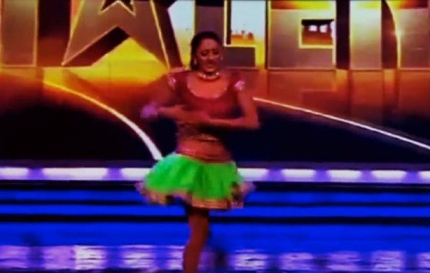Vienakojė Indijos šokėja pribloškė pasaulį