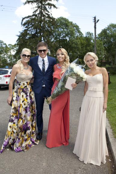 Natalija Bunkė, Liepa Mondeikaitė ir jos širdies draugas Evaldas Norkevičius, Oksana Pikul-Jasaitienė