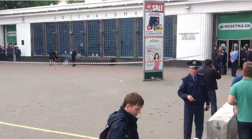 Aptverta Kijevo metro stotis.