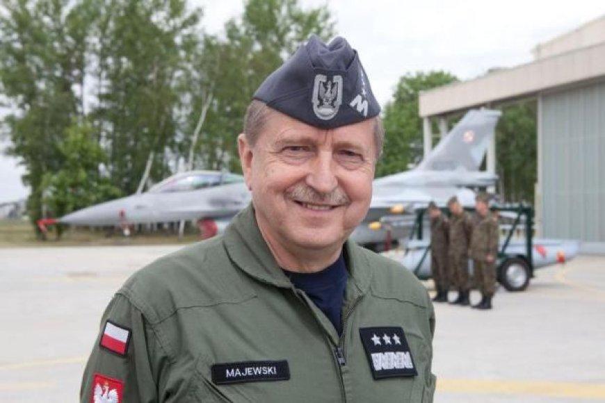 Lenkijos kariuomenės vadas, generolas Lechas Majewskis