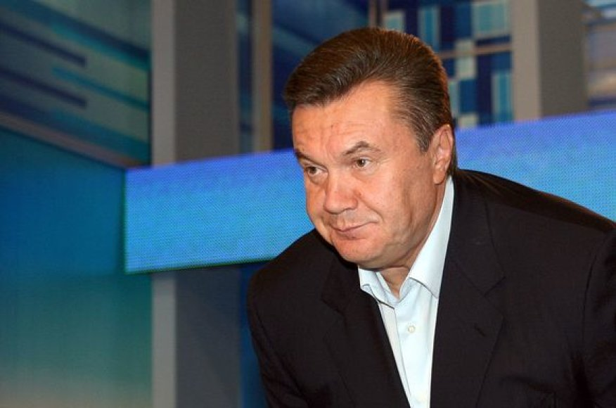 Protestuotojai palaiko opozicijos lyderį Viktorą Janukovyčių.