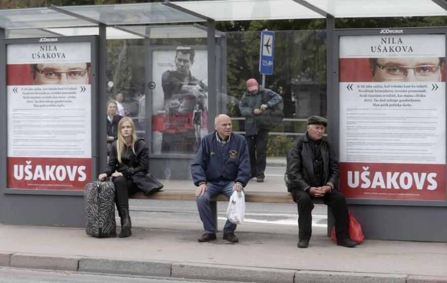 """""""Santarvės centro"""" agitacinė reklama Rygoje"""
