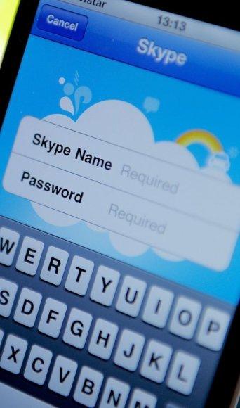 """""""Skype"""" aplikacija išmaniajame telefone"""
