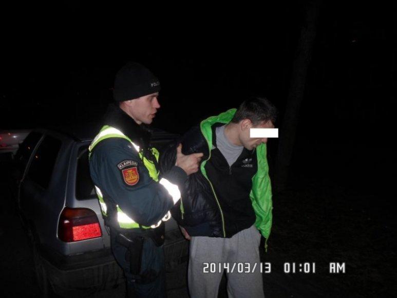 Klaipėdoje sulaikytas įtariamasis, vogęs iš automobilių.