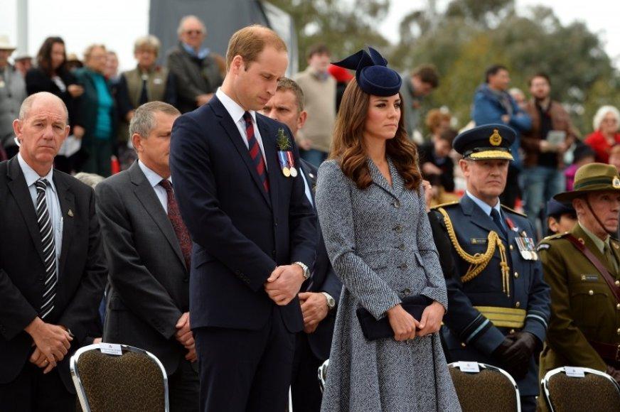 Princas Williamas ir Kembridžo hercogienė Catherine pagerbė kritusius Australijos ir Naujosios Zelandijos karius