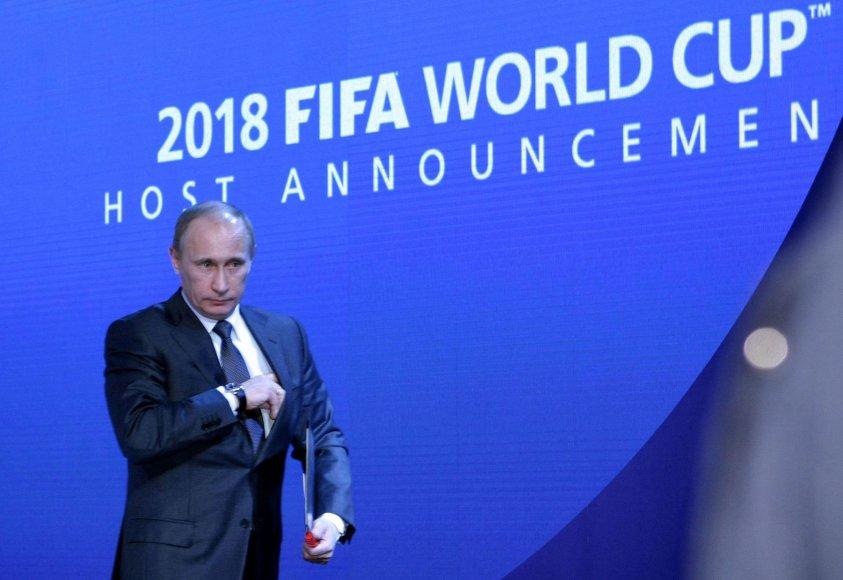 2010 metais tuometinis Rusijos premjeras Vladimiras Putinas įkalbėjo FIFA rengti 2018-ųjų čempionatą savo šalyje
