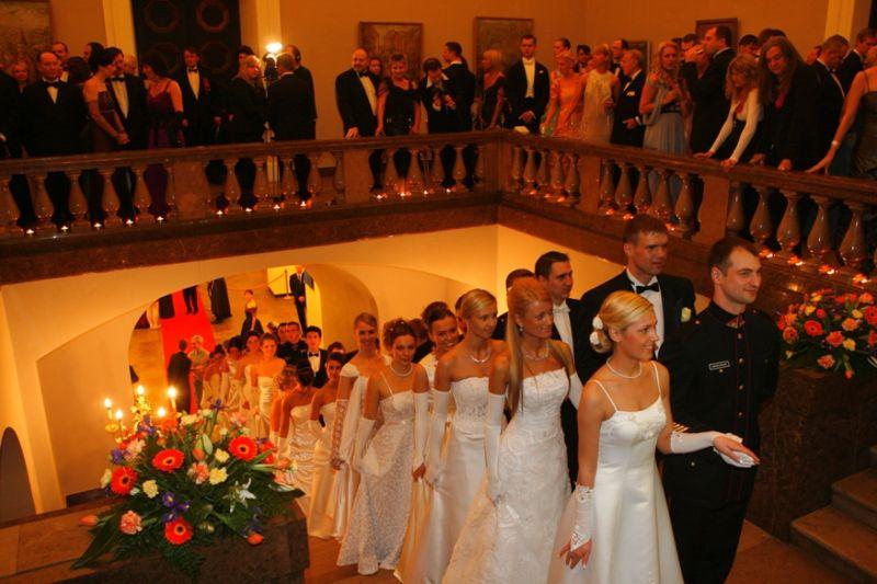 Foto naujienai: Vilniuje – tradicinis Vienos pokylis