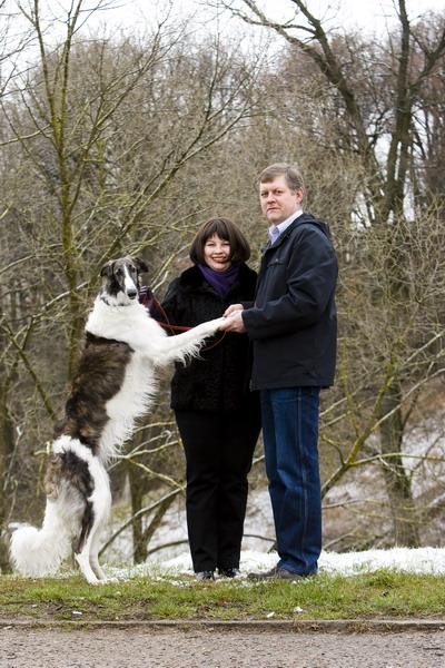 Foto naujienai: Auksė ir Vaidotas Žukai: pasivaikščioti su čempione