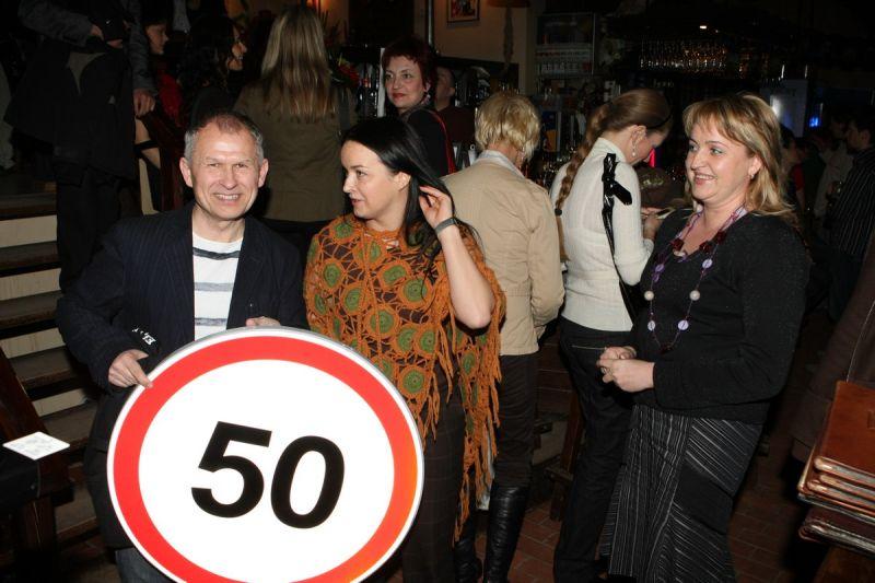 Foto naujienai: Stepas Januška nesilaiko kelio ženklų