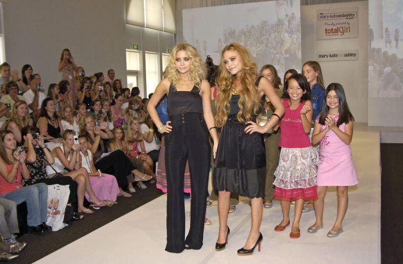 Foto naujienai: Mary Kate ir Ashley Olsen: maištingiausios Holivudo dvynukės