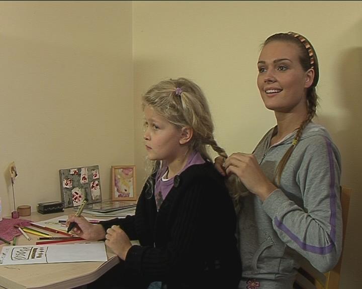 Foto naujienai: Ramunės Piekautaitės dukra Ula vaidina TV3 seriale