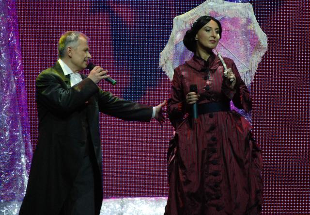 """Foto naujienai: """"Žvaigždžių duetus"""" palieka E. Radzevičienė ir S. Januška"""