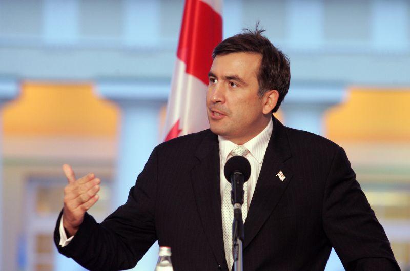 M.Saakašvilis sakė, kad be pinigų atstatymui Gruzijai reikia Europos ir Jungtinių Valstijų draudimo.