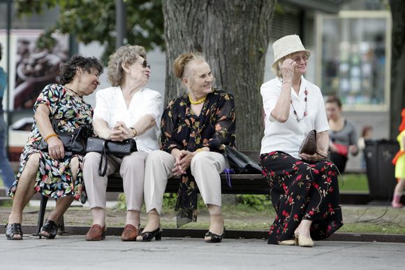 Lenkijoje pensininkai gyvena geriau.