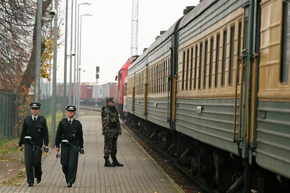 Traukinys Kenos geležinkelio stotyje