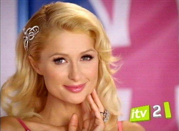 Paris Hilton reklaminiame filmuke