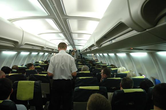 Skrydis. Lėktuve