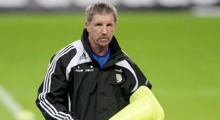 Suomijos nacionalinės futbolo rinktinės treneris Stuartas Baxteris.
