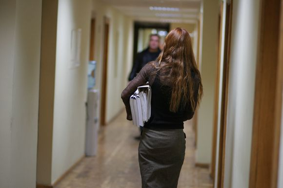 Šventines išmokas gavo maždaug 100 iš 380 savivaldybės darbuotojų.