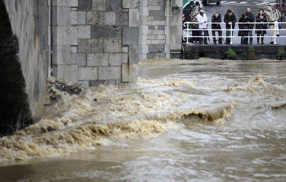 Potvyniai kilo Ispanijos baskų regione. 2009-01-27