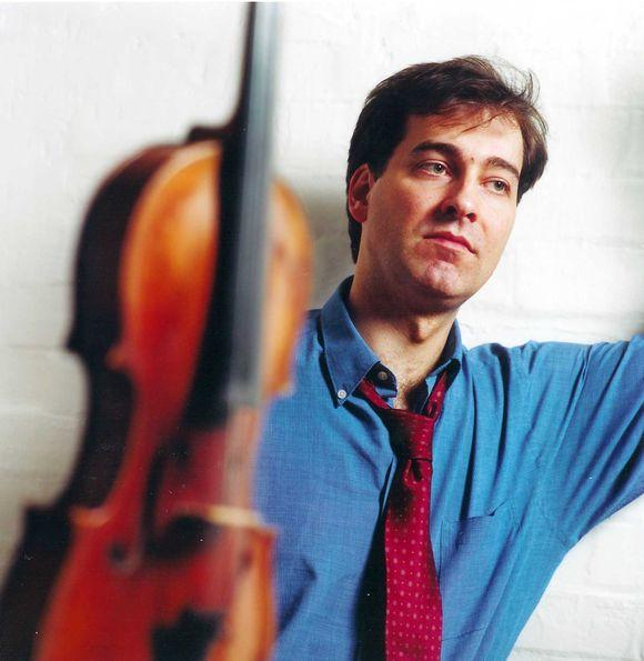 Į Lietuvos nacionalinės filharmonijos sceną smuikininkas grįžta po daugiau nei poros metų pertraukos.