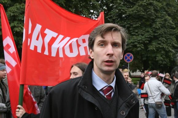 A.Paleckis nesutinka rengti mitingą atokesnėje nuo Seimo vietoje.