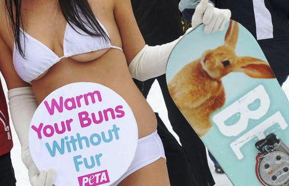 PETA akcijose nuogybių  netrūko niekada...