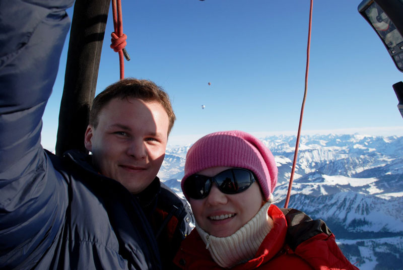 Foto naujienai: Giedriaus Leškevičiaus ir jo žmonos bučinys – trijų kilometrų aukštyje