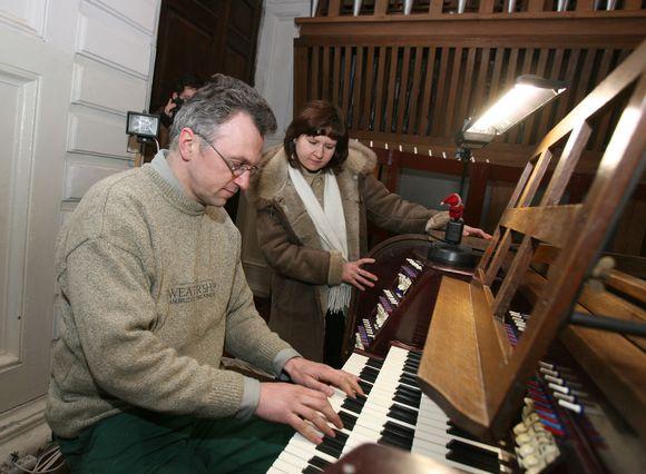 Sobore esančius vargonus restauravo vargonų specialistas iš Latvijos Janis Kalninis (nuotr.). Pasak jo, instrumentas buvo koreguotas minimaliai, todėl jo unikalus skambesys išliko.