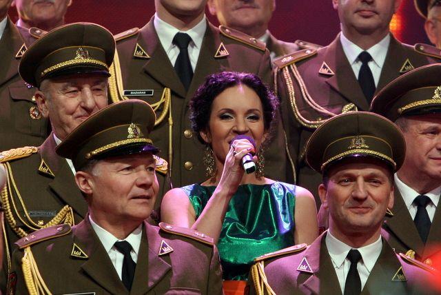 Livija Gradauskienė ir choristai