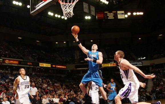 """Vienintelis NBA žaidėjas Lenkijos rinktinėje – Marcinas Gortatas iš Orlando """"Magic""""."""