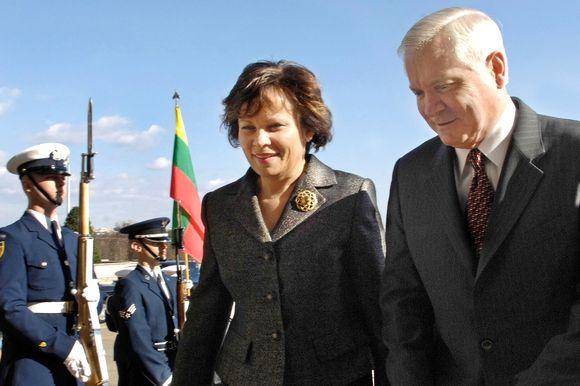 Ministrė R. Juknevičienė ir JAV gynybos sekretorius R. Gatesas