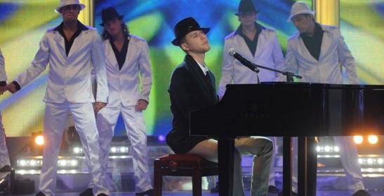 """Foto naujienai: """"Dainų dainos"""" konkursą laimėjo Sasha Son"""