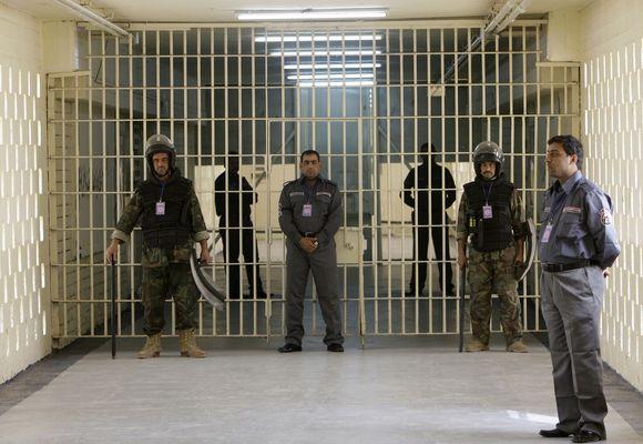 Abu Graibo kalėjimas