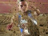 Alfredo Pliadžio nuotr./Daug daug smėlio – Karina Vnukova