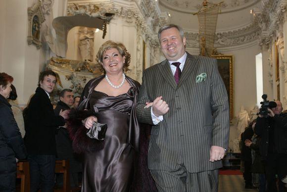 Gintautas Vyšniauskas ir Edita Mildažytė savo bažnytinės santuokos dieną, 2009 m. vasario 28 d.